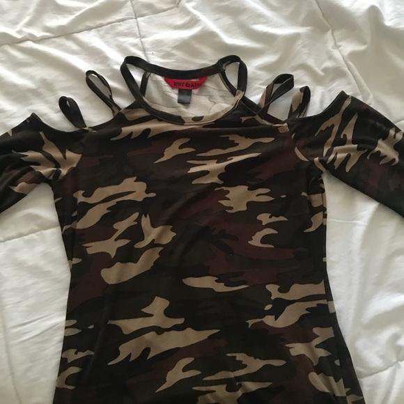 c56d2b14040e0 Hot Kiss Tops - Camo Cold-Shoulder Shirt